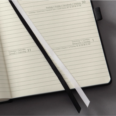 Sigel Buchkalender CONCEPTUM® 2018 DIN A6 1 Tag/1 Seite, Sa/So 1 Gummibandverschluss 400 Seiten